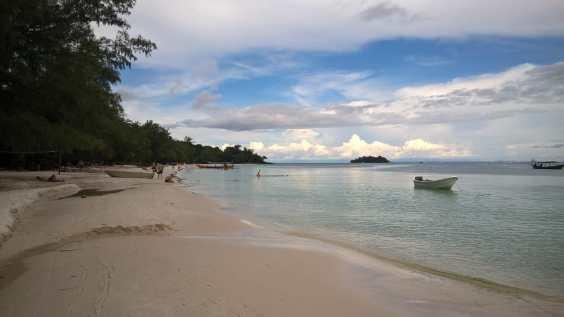 Kaoh Touch Beach